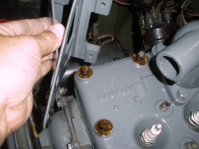 mb gpw how to replace your jeep following the diagram above you see the oil filter bracket being applied wth all three studs having sealer applied first